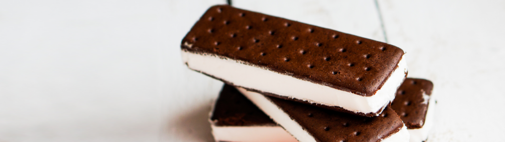 Classic Ice Cream Sandwiches - امهات ٣٦٠