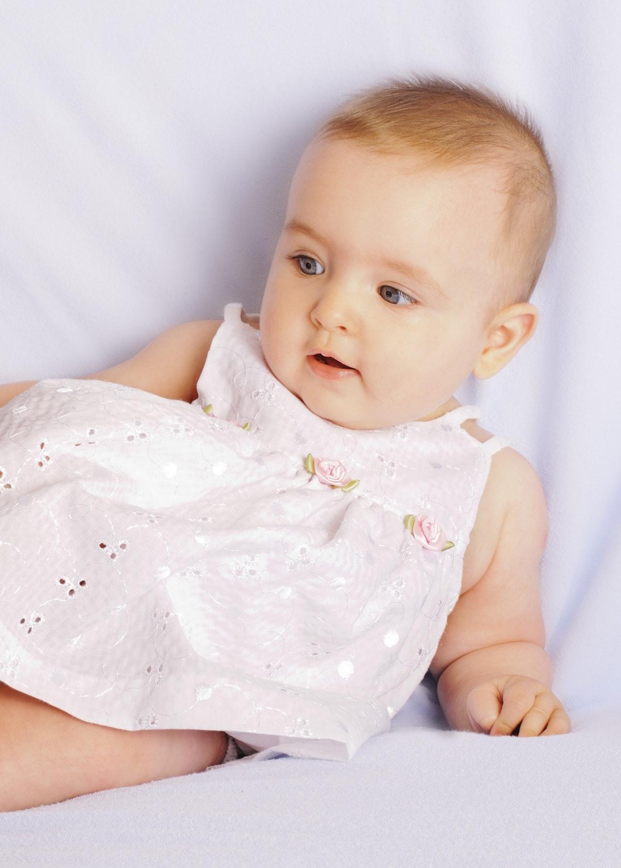 Track my development: Infants 3-6 months