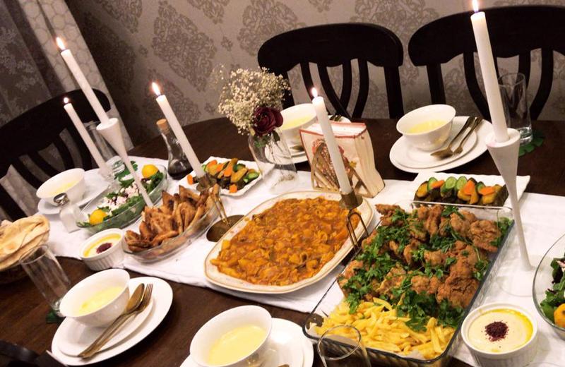 9f2d62a298088 عزومة اليوم الرابع  سفرة إفطار رمضانية بسيطة وأنيقة