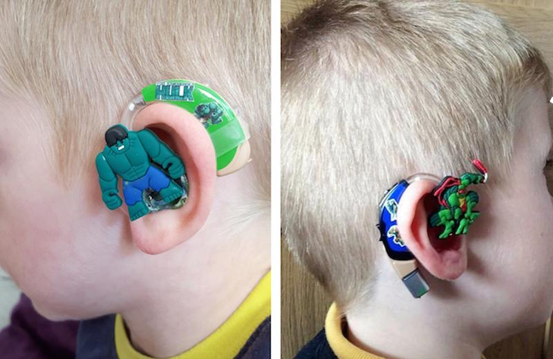 أم تحول سماعات الأطفال إلى أبطال خارقين