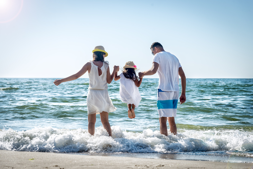 5 Tips to keep your family safe outdoors this summer