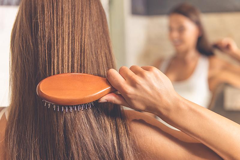 ٧ أطعمة عليكِ تناولها للحصول على شعر طويل صحي ولامع