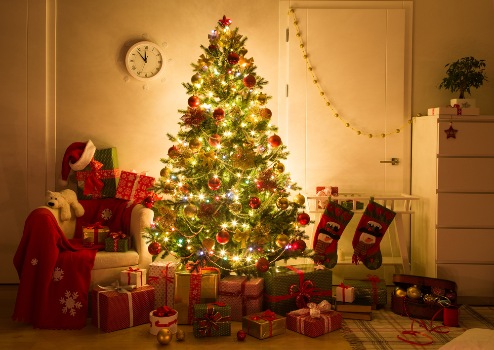 9 Cool Christmas tree trends for 2020