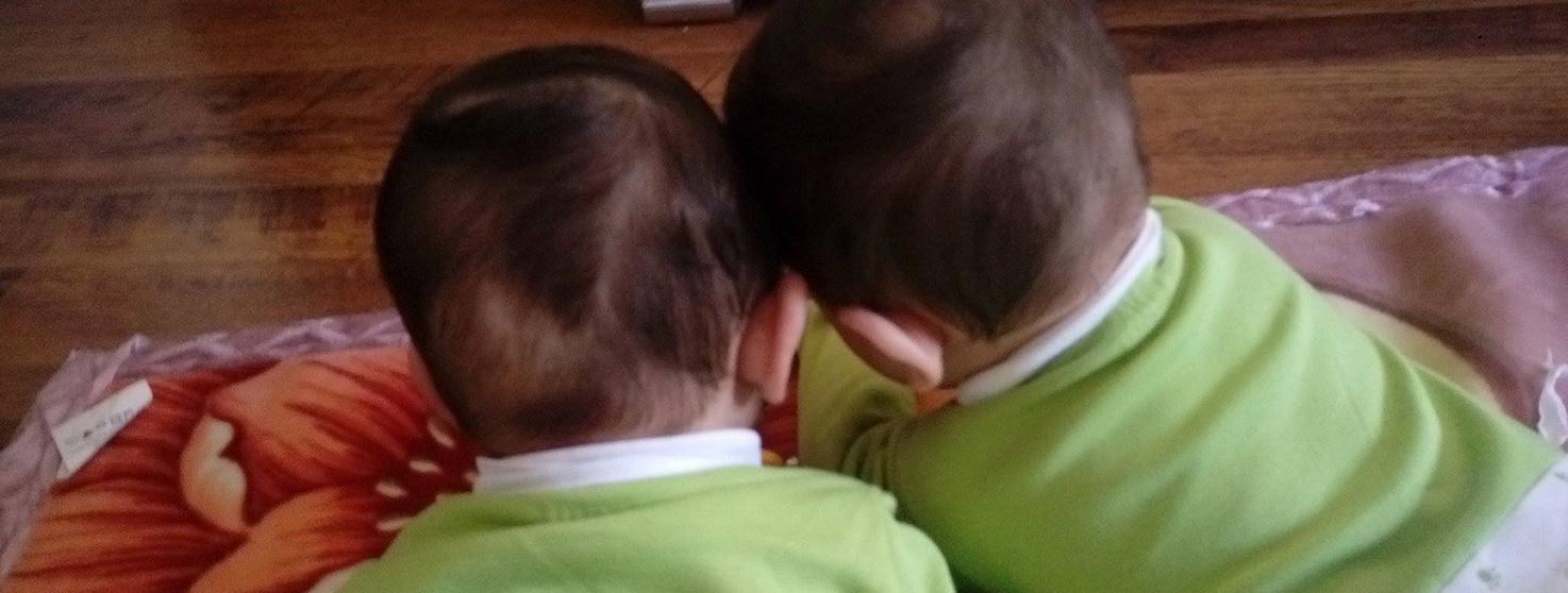 لجين: تجربتي في إرضاع طفلي التوأم رضاعة طبيعية