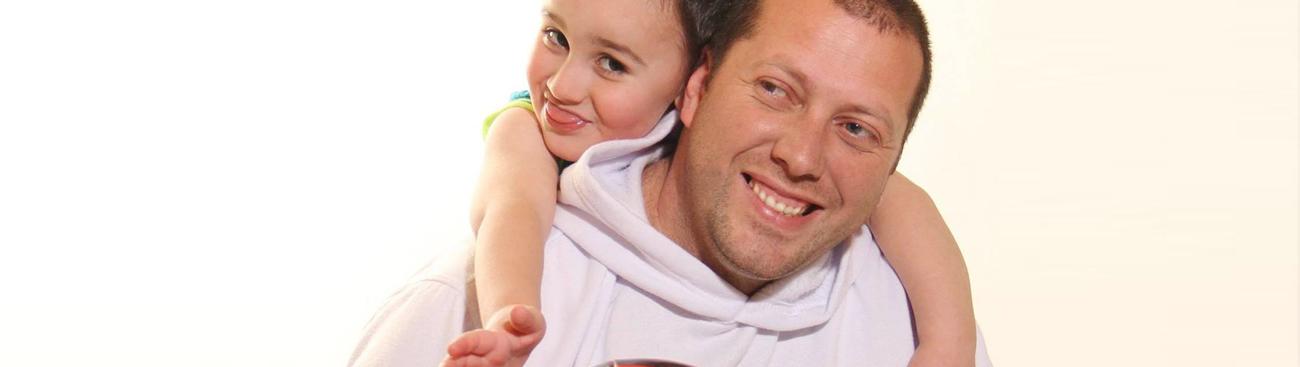 عُمر: أكبر تحدًّ لي، أن أستلم دور الأم والأب في الوقت نفسه