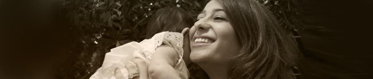 تلك هي الأمومة.. لا شيء يحكمها سوى الحب