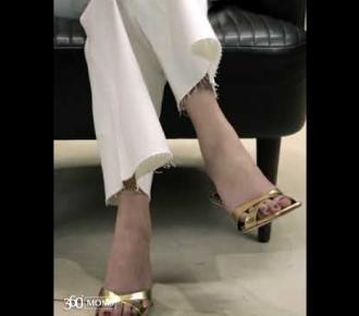 Embedded thumbnail for فيديو: 4 طرق لتنسيق مجوهراتك مع ملابس العمل