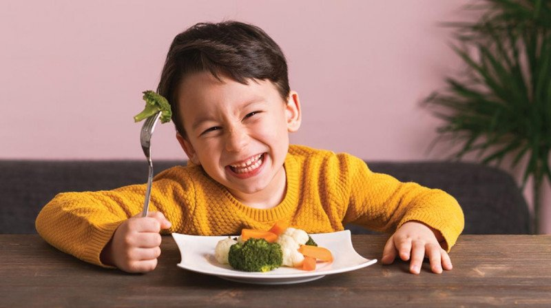7 Ways to trick your kids into eating food.
