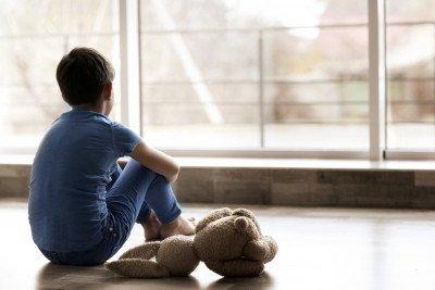 الاكتئاب عند الأطفال: الأعراض والأسباب