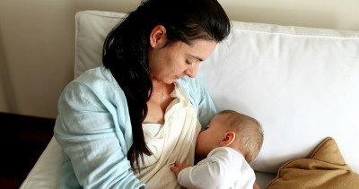8 خرافات وحقائق شائعة حول الرضاعة الطبيعية