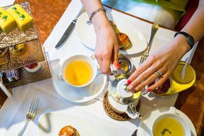 أهم 9 أدوات لتقديم الضيافة للضيوف