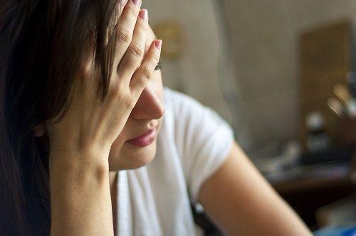10 أعراض وعلامات صحية تدل على ارتفاع التوتر في الجسم