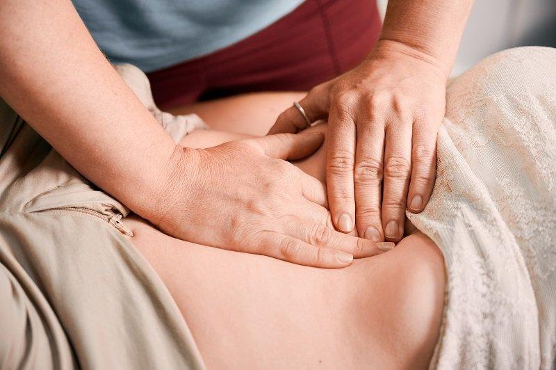 فوائد تقنية تدليك الرحم بعد الولادة