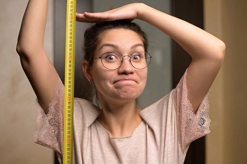 12 خدعة بسيطة كي تبدين أكثر طولاً