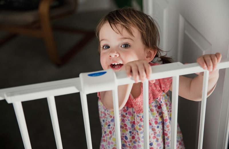 كيف تجعلين منزلك آمنًا للأطفال