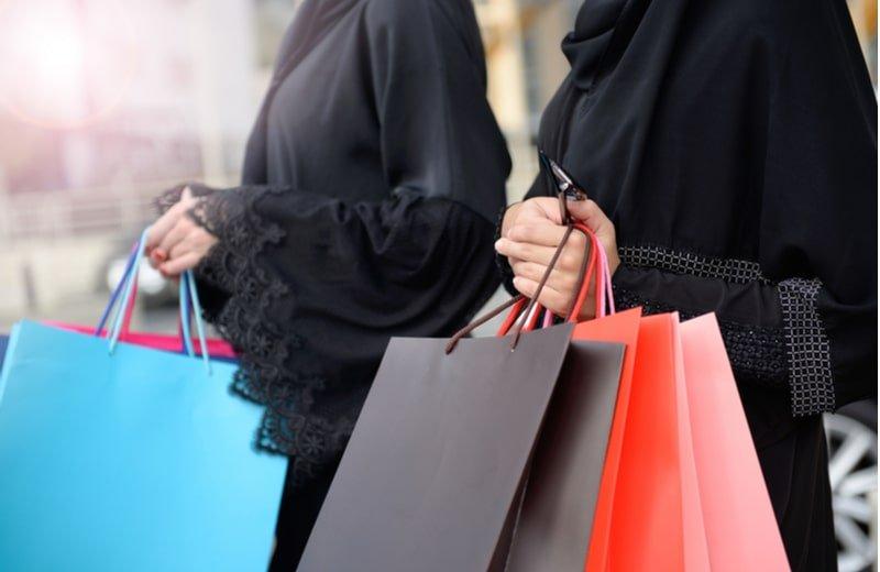 12 نصيحة من أجل تسوّق ناجح لملابس العيد