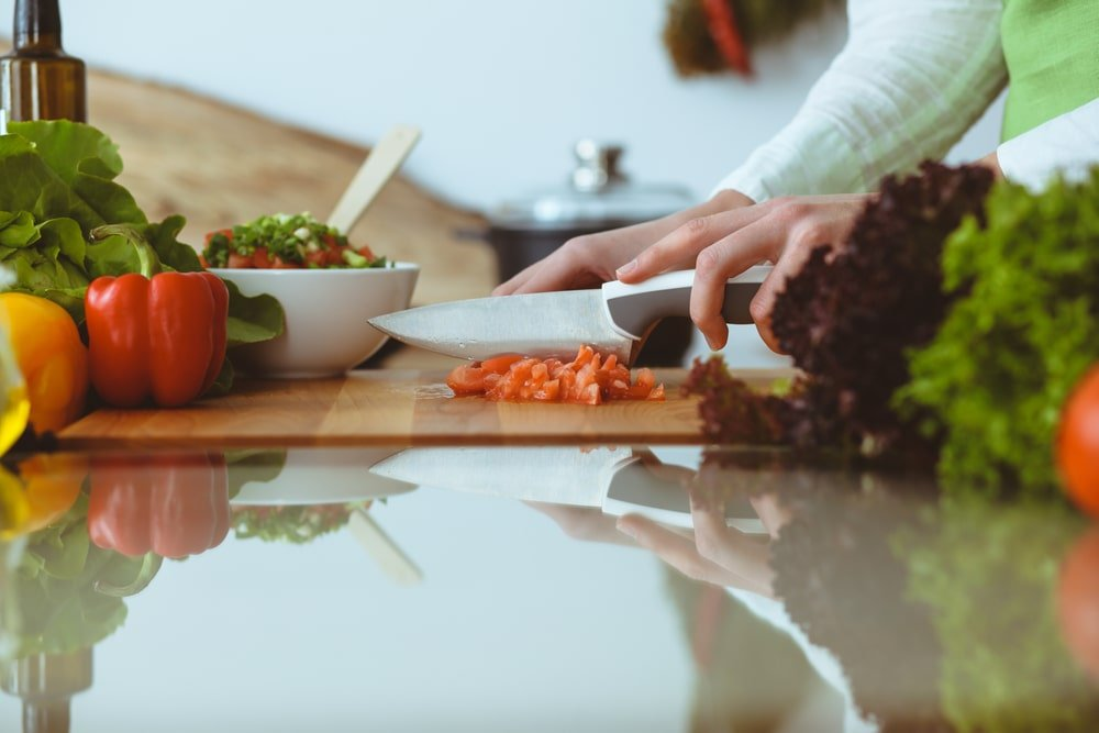7 طرق سهلة تختصرين بها وقتك في المطبخ