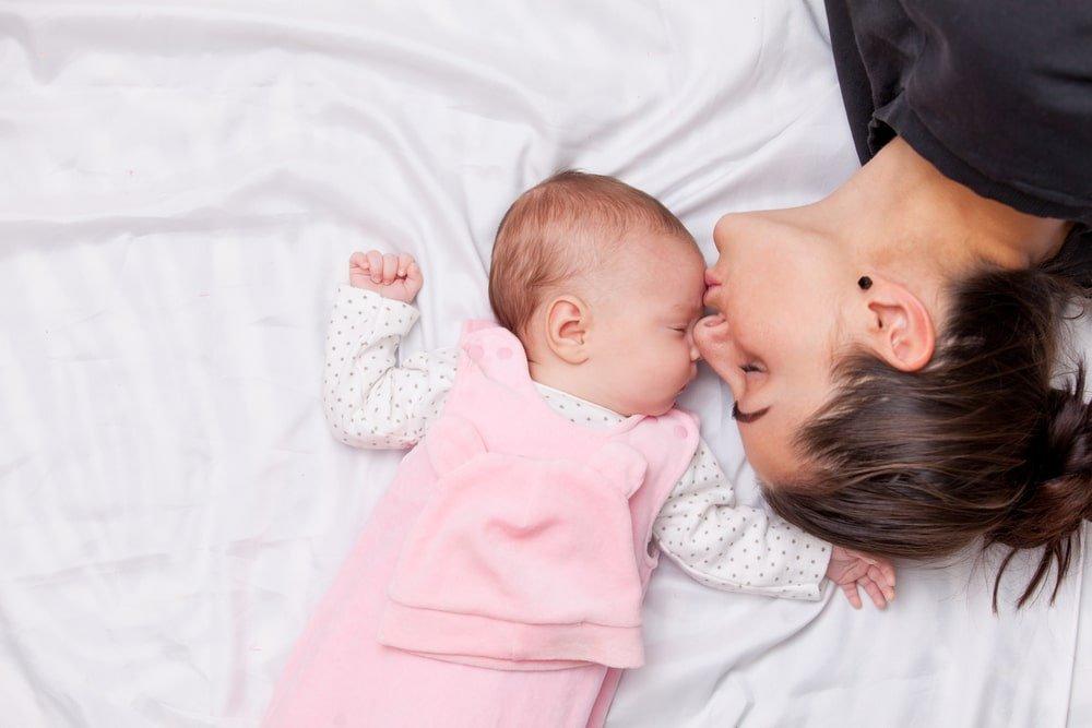 6 نصائح عن نوم الأطفال الرضع في الأسابيع الستة الأولى