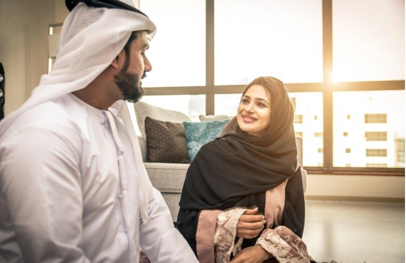 4 نصائح للتعامل مع زوجك خلال فترة الحجر المنزلي