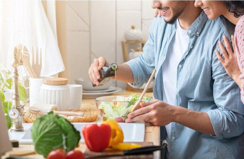 6 طرق تساعدك في دعم زوجتك في رمضان