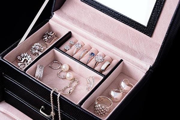 صندوق تنظيم المجوهرات