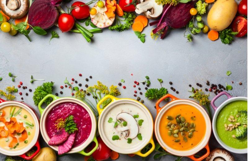 4 وصفات حساء خالية من الغلوتين ومشتقات الألبان