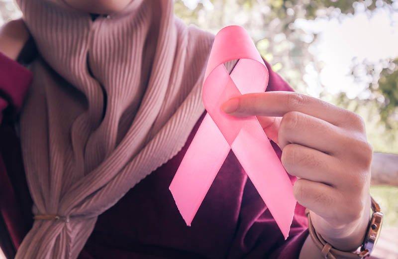 عبير من السعودية: أنا أم لأربعة أطفال وناجية من السرطان أشارككم قصتي